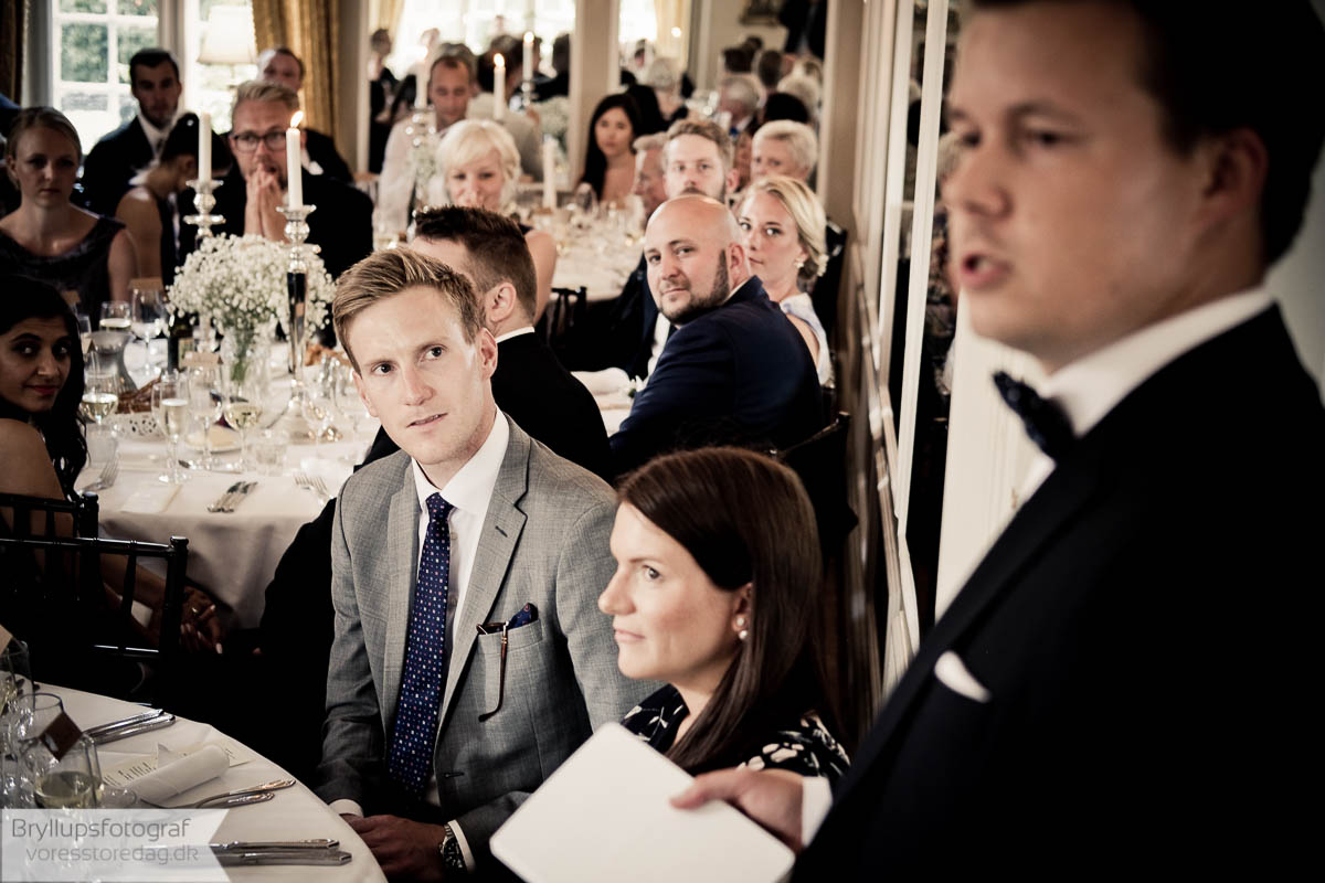 Etiquette Guide For Wedding Guests