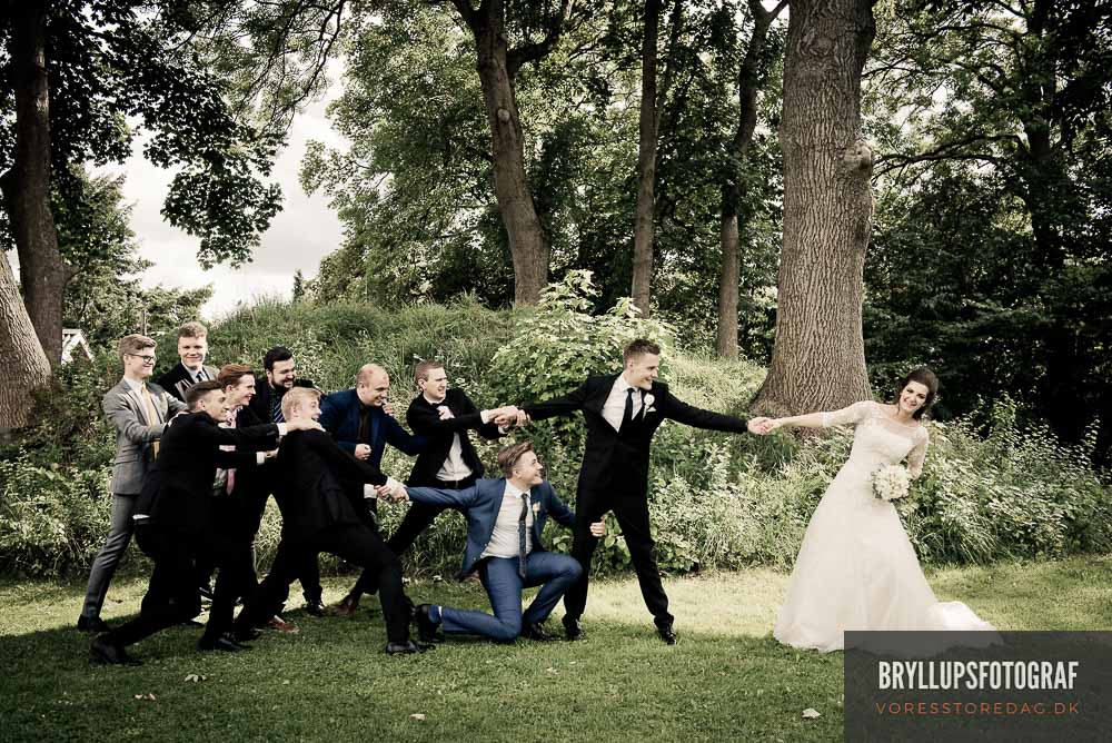 Should Tuxedos Match The Bridesmaids