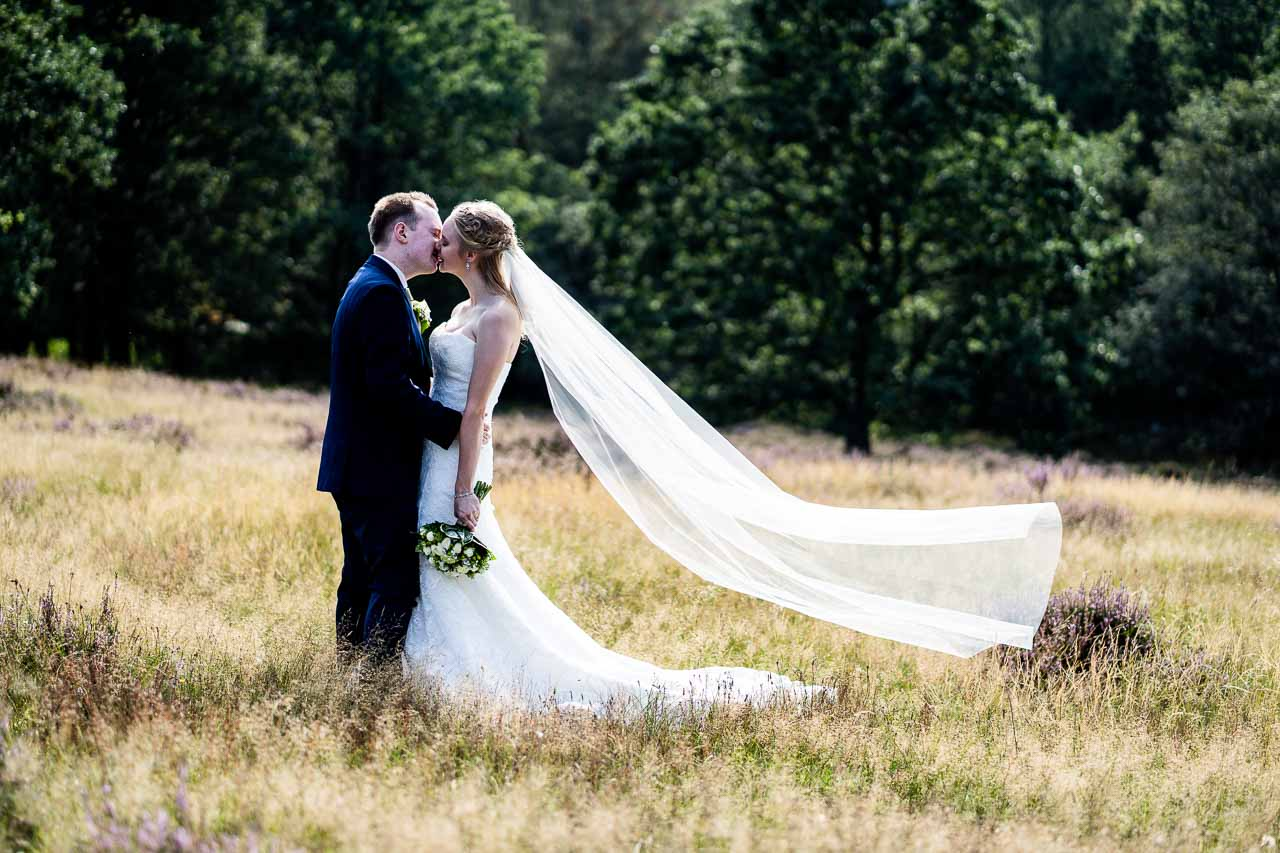 Se professionelle bryllupsfoto fra landets bedste fotografer